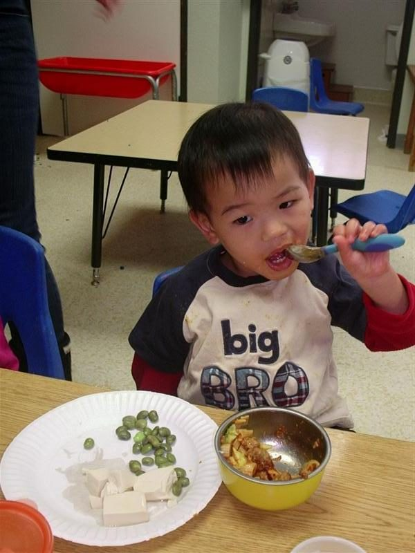 lunch time at preschool